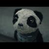 Há algo mais triste do que um panda perdido numa grande cidade?