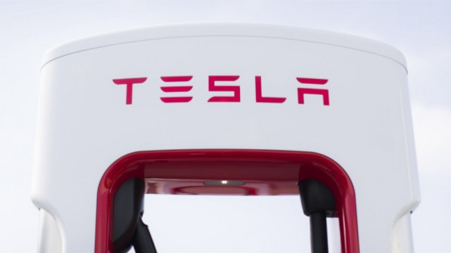 Os supercarregadores da Tesla chegaram a Portugal