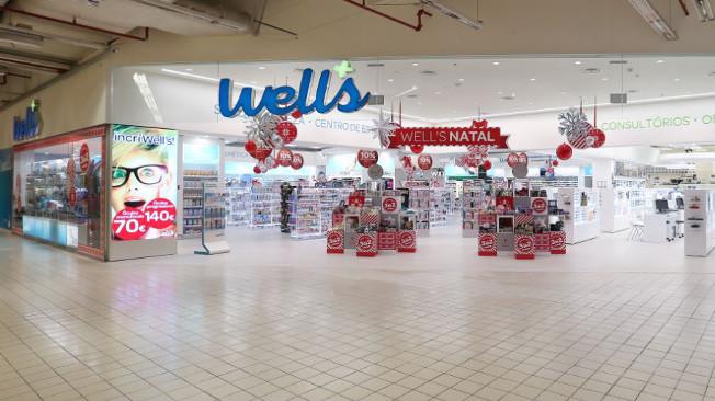 Well s investe em Mega Store no Centro Colombo   Imagens de Marca 48e68971c7